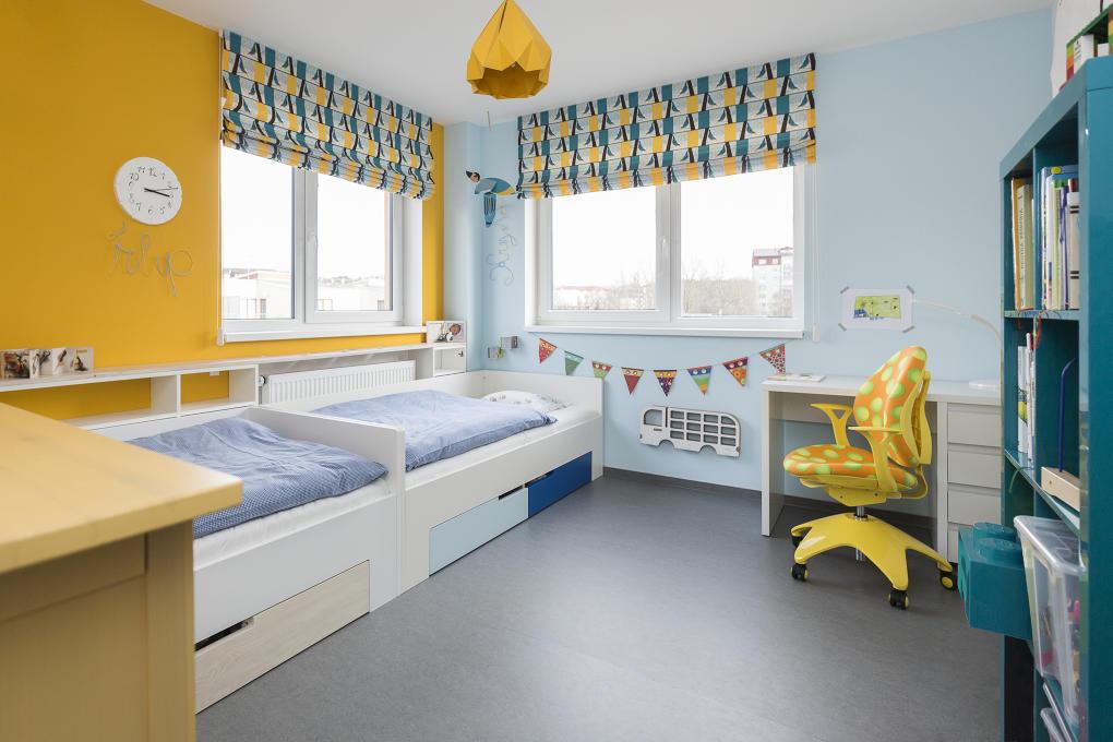 Detskú izbu, ktorú obývajú spoločne dva bračekovia, by si dizajnérka predstavovala o niečo väčšiu