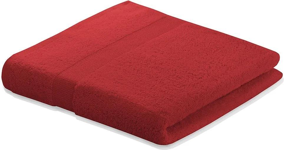 Bavlněný ručník DecoKing Marina tmavě červený