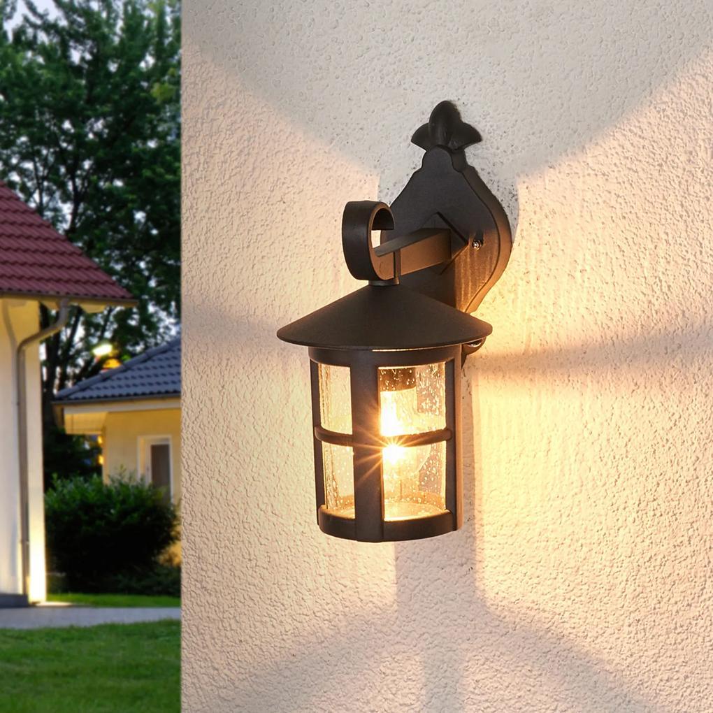 Romantické vonkajšie nástenné svietidlo Bertil