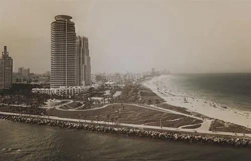 Luxusné vliesové fototapety, rozmer 418,5 cm x 270 cm, Miami,  P+S International CL18C