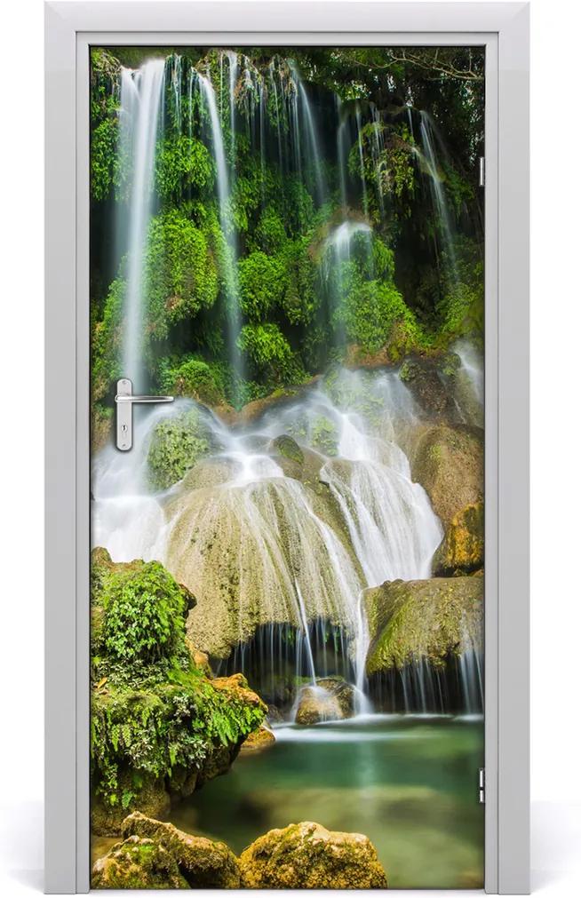 Fototapeta na dveře samolepící Vodopád džungle