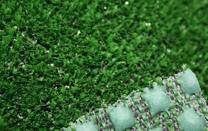 Spoltex koberce Liberec Travní koberec Blackburn s nopy (na pevné podklady) - Spodní část s nopy (na pevné podklady) cm
