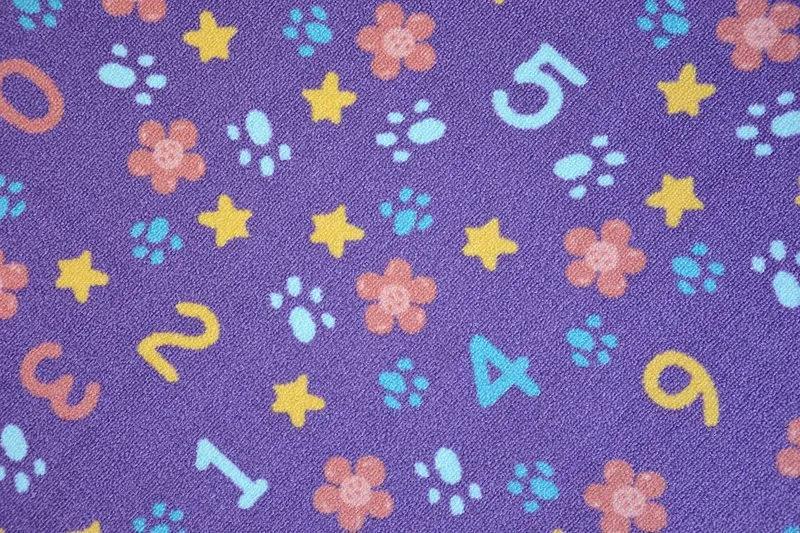 MAXMAX Detský koberec Čísla sa vzormi fialový