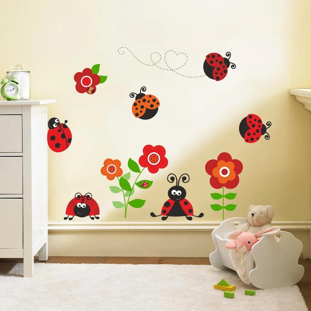 Dekorácia na stenu - lienky s kvietkami 70 x 50