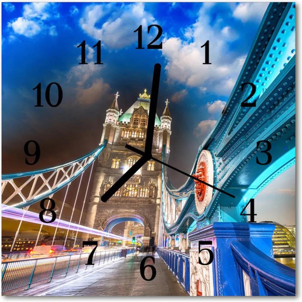 Nástenné skleněné hodiny most