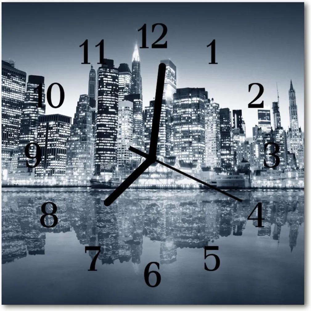 Skleněné hodiny čtvercové Městské budovy