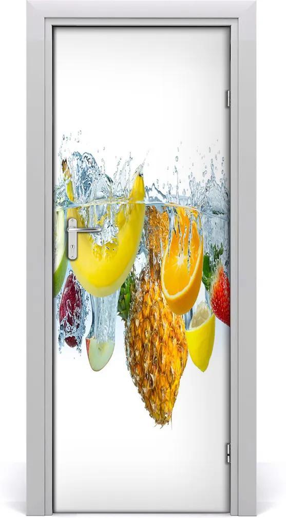Fototapeta na dveře samolepící Ovoce pod vodou