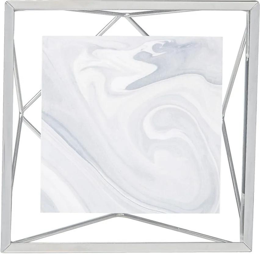 Rám v striebornej farbe na fotografiu 10 x 10 cm Umbra Prisma