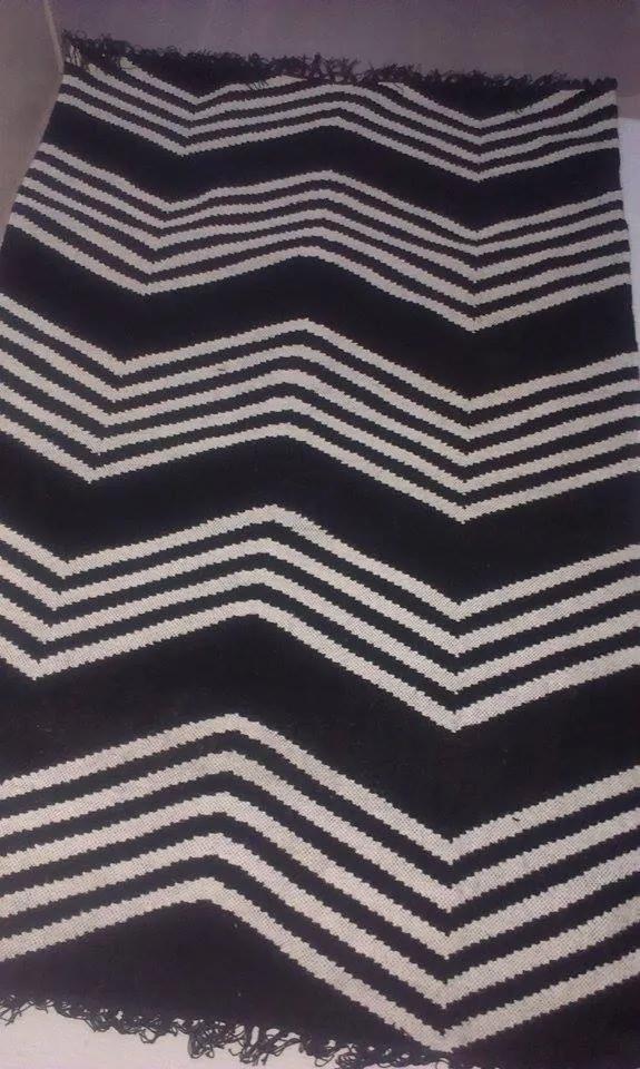 Masiv24 - Jeff Banks Kilim Modern koberec 120x180cm Zig Zag - čierna/béžová
