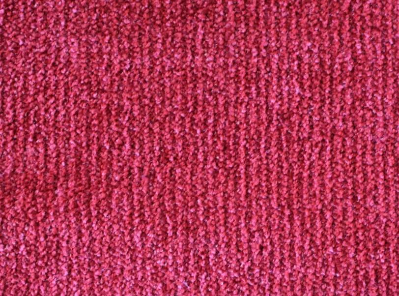 Metrážový koberec Tagil / 79431 sytě červený - Rozměr na míru bez obšití cm