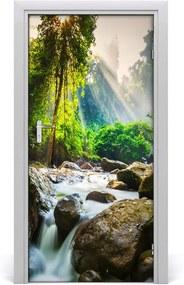 Fototapeta na dvere  vodopád v lese