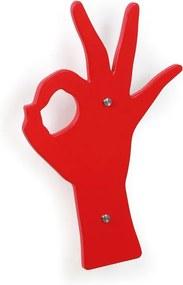 Drevený designový vešiak, červená ruka
