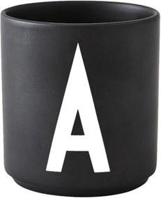 Design Letters Hrnček s písmenom A, black