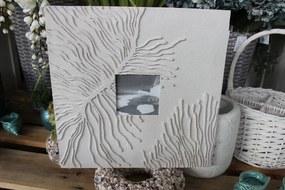 Krémový závesný fotorám v pieskovom dizajne 36 cm