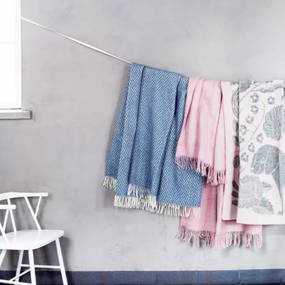Vlnená deka Koira ja Kissa 90x130, sivo-ružová Lapuan Kankurit