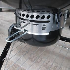 Gril Weber Summit Charcoal Grilling Center