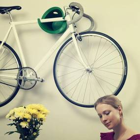 Vešiak a stojan na bicykel CYCLOC SOLO čierny