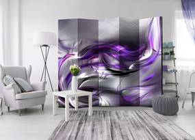 Paraván s neobyčajným motívom fialového vírenia