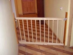 Zábrana na dvere, schody Šířka zábrany: 72-122 cm, Výška zábrany: 68 cm