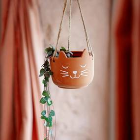 sass & belle Závesný terakotový obal na kvetináč Cat's Whiskers