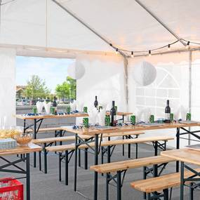 Záhradný pivný set (stôl s lavicami), zelená/borovica, nosnosť 200 kg